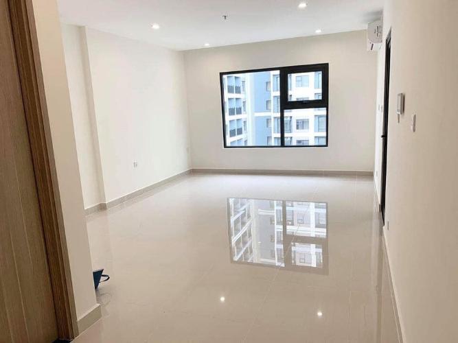Căn hộ tầng cao Vinhomes Grand Park view thoáng mát, nội thất cơ bản.
