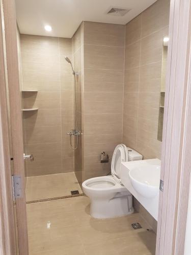 Toilet Vinhomes Grand Park Quận 9 Căn hộ Vinhomes Grand Park tầng trung, bàn giao nội thất cơ bản.