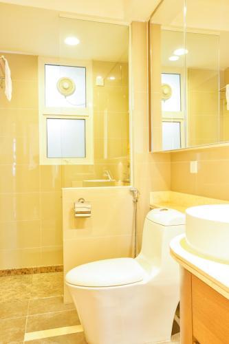 Phòng tắm 1 Căn hộ 3 phòng ngủ tầng cao Ruby 1 Saigon Pearl