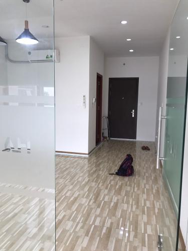 Căn Officetel The Sun Avenue thiết kế hiện đại, nội thất cơ bản.
