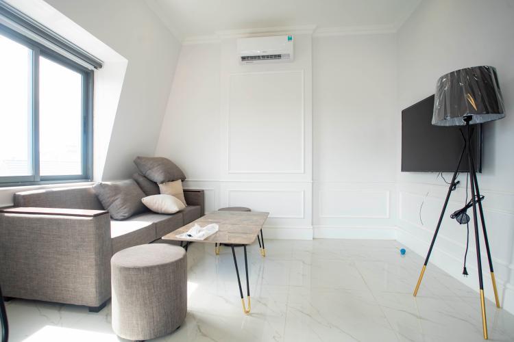 Phòng khách căn hộ dịch vụ Trần Não, Quận 2 Căn hộ dịch vụ Trần Não nội thất tiện nghi, thiết kế tân cổ điển.