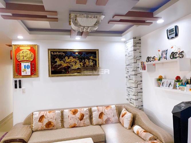 Căn hộ Hoàng Kim Thế Gia tầng 6 thoáng mát, đầy đủ nội thất.
