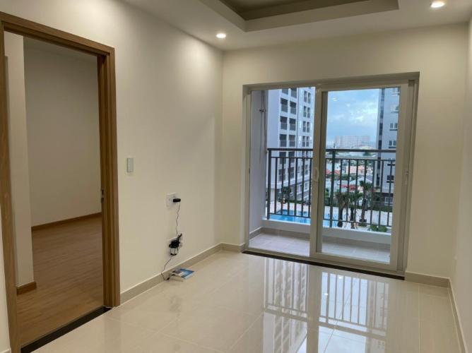 Căn hộ góc Lavita Charm tầng 11 có 2 phòng ngủ, không có nội thất.