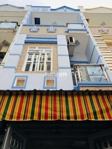 Nhà phố diện tích 38.5m2, thiết kế kỹ lưỡng cùng gam màu xanh mát.
