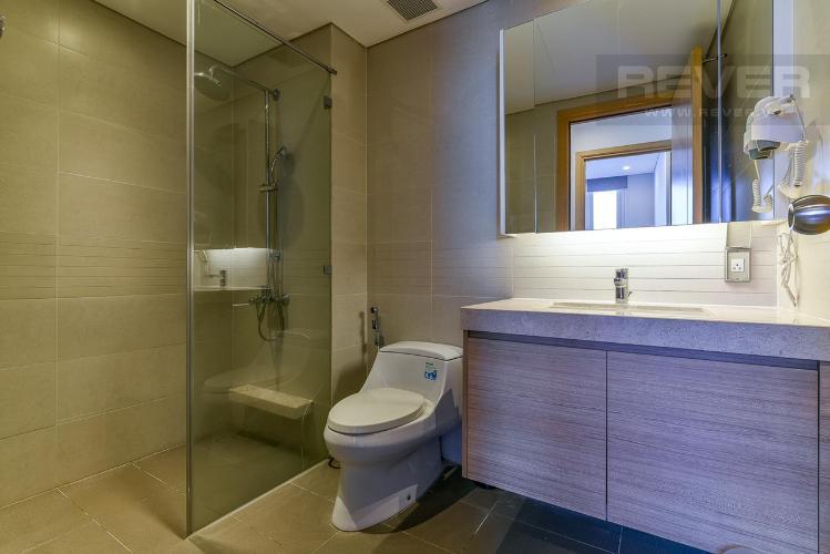 Phòng tắm Sarimi Sala Đại Quang Minh, Quận 2 Căn hộ Sarimi Sala Đại Quang Minh tầng trung, nội thất đầy đủ.