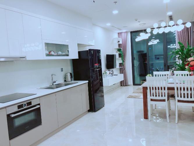 Officetel Vinhomes Golden River đầy đủ nội thất, view nội khu