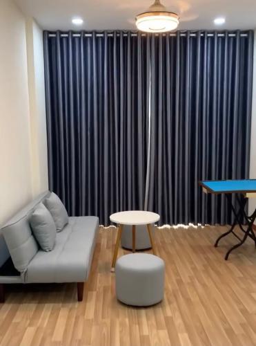 phòng khách căn hộ diamon riverside Căn hộ tầng cao Diamond Riverside view sông.