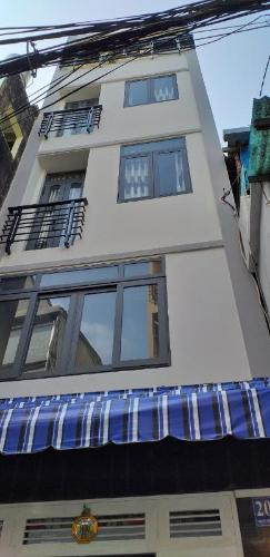 Mặt tiền nhà phố Bình Thạnh Nhà phố hướng cửa Tây Bắc diện tích sử dụng 124.7m2, hẻm xe máy.