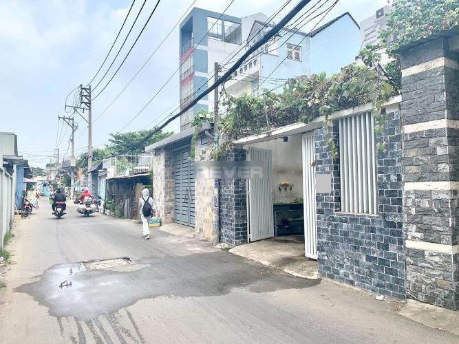 Đường hẻm nhà phố Trường Chinh, Quận 12 Nhà phố hướng Tây Bắc đường xe tải, thích hợp làm văn phòng.
