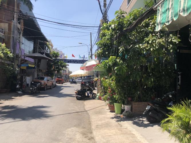 Đường hẻm nhà phố Dương Bá Trạc, Quận 8 Nhà nguyên căn tiện kinh doanh, mở văn phòng công ty, hướng Tây Nam.