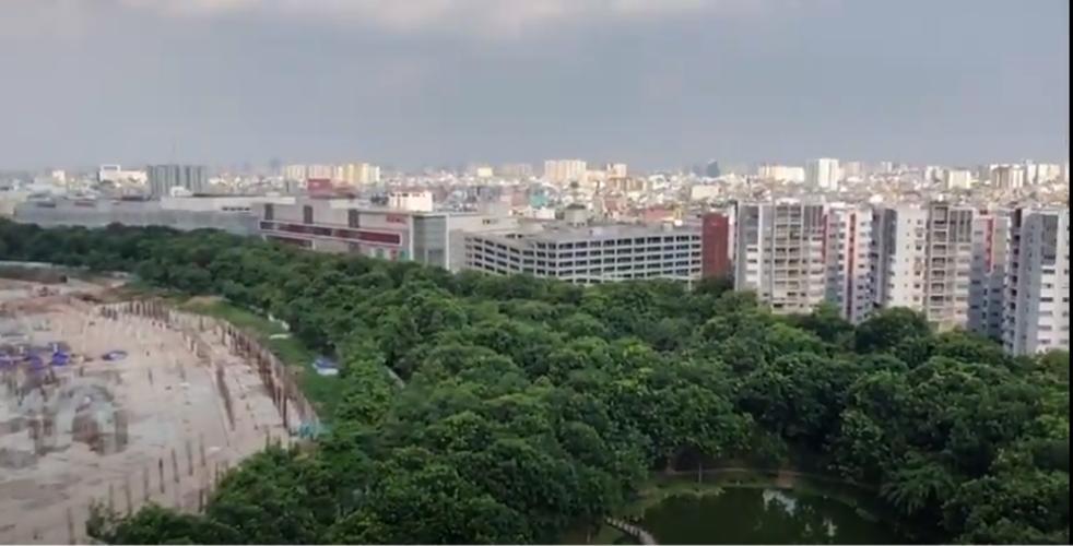 View Celadon City, Tân Phú Căn hộ Duplex Celadon City tầng trung, view thành phố sầm uất.
