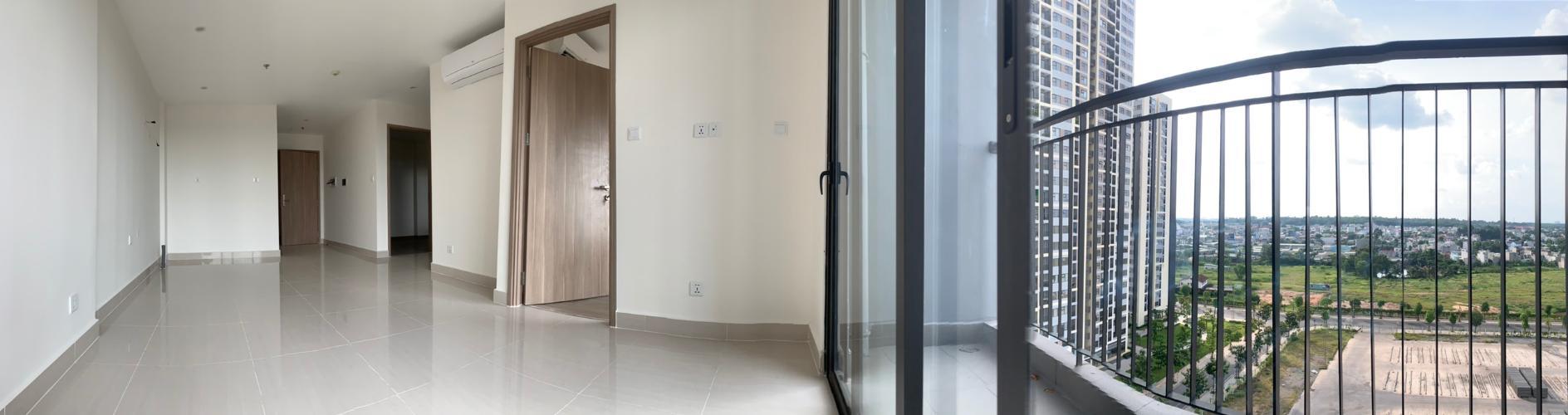 Căn hộ tầng 10 Vinhomes Grand Park không có nội thất, view nội khu mát mẻ
