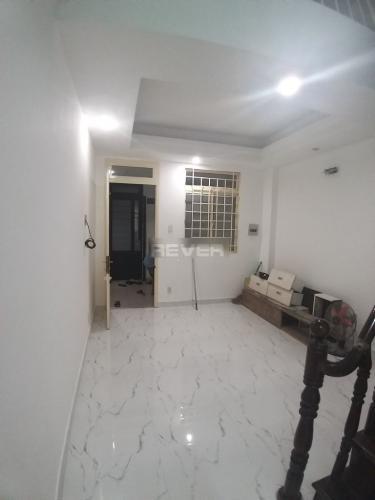 Căn hộ chung cư An Hòa 3 tầng 4 kèm nội thất cơ bản.