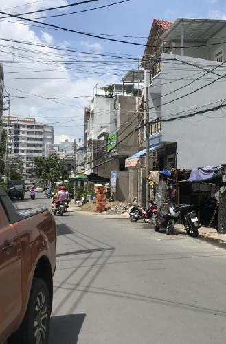 Đường hẻm nhà phố Bình Tân Nhà phố mặt tiền Đường số 4 diện tích 60m2, sổ hồng pháp lý rõ ràng.