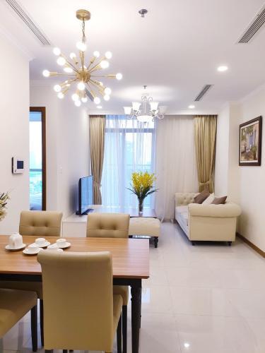 Phòng khách , Căn hộ Vinhomes Central Park , Quận Bình Thạnh Căn hộ Vinhomes Central Park tầng 35 thoáng mát, nội thất đầy đủ