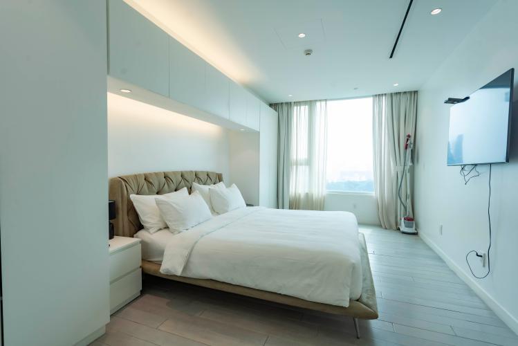 Phòng ngủ Léman Luxury Apartment Căn hộ Léman Luxury Apartments ban công hướng Đông Nam, view tầng cao.