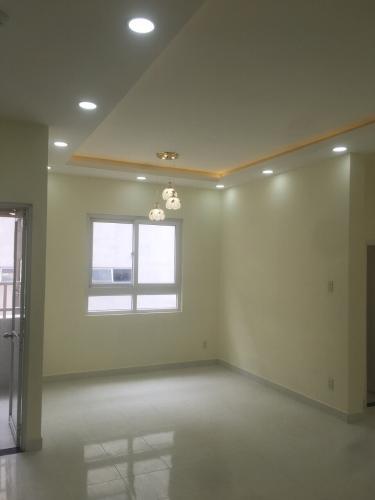 Căn hộ Topaz Garden nội thất cơ bản, tiện ích xung quanh đầy đủ.
