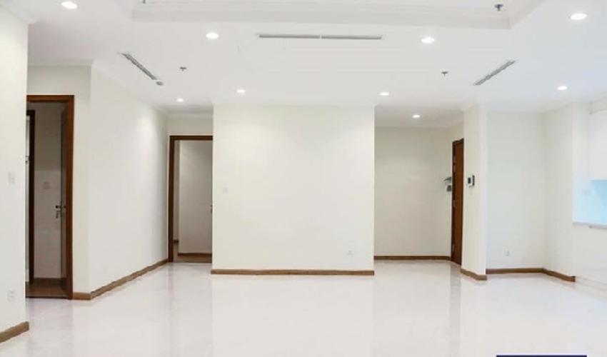 Phòng khách căn hộ Vinhomes Grand Park Căn hộ Vinhomes Central Park tầng cao nội thất cơ bản, 4 phòng ngủ.