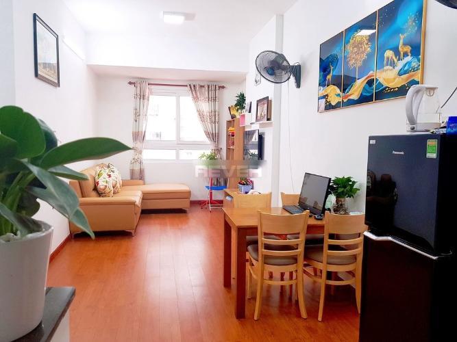 Căn hộ Topaz Garden gồm 2 phòng ngủ, đón view nội khu yên tĩnh.