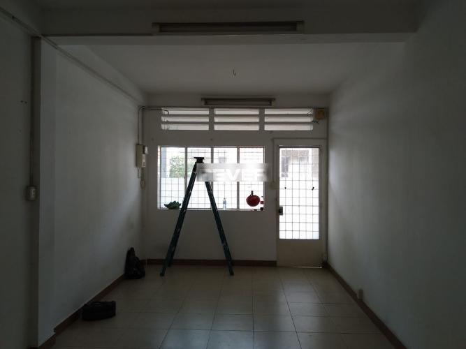 Căn hộ chung cư Miếu Nổi hướng Bắc, nội thất cơ bản.