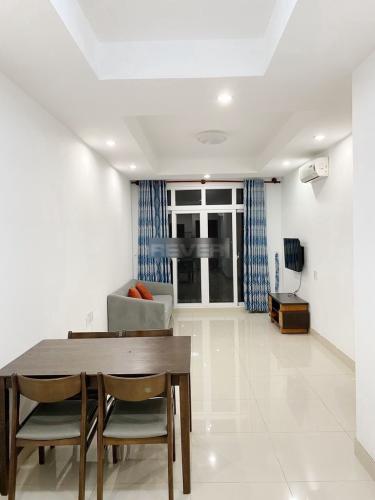 Căn hộ tầng 11 Cộng Hòa Plaza nội thất đầy đủ