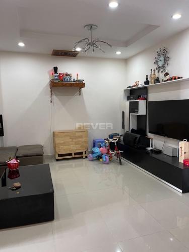 Căn hộ Him Lam Riverside ban công hướng Nam, đầy đủ nội thất.