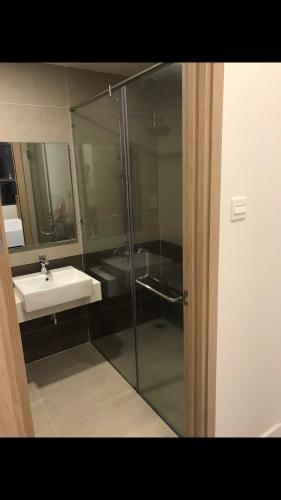 Phòng tắm The Sun Avenue Căn hộ The Sun Avenue tầng trung, bàn giao nội thất tiện nghi.