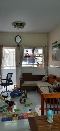 Căn hộ Lê Thành tầng 4 view thoáng mát, cửa hướng Tây.