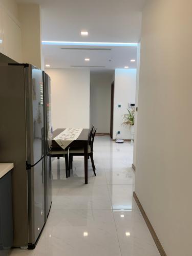 Phòng bếp căn hộ Vinhomes Central Park, Quận Bình Thạnh Căn hộ Vinhomes Central Park cửa hướng Nam, đầy đủ nội thất.