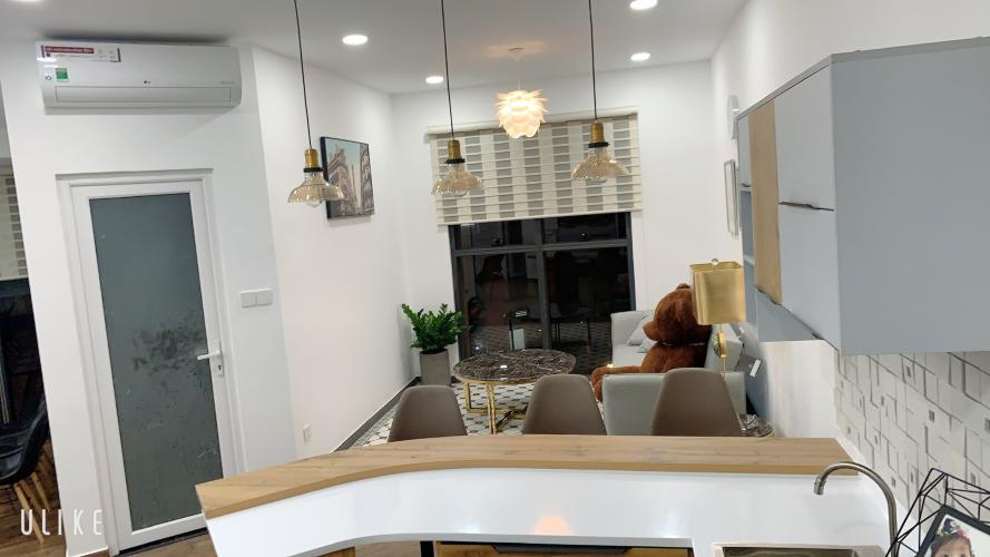 Căn hộ view nội khu The Sun Avenue đầy đủ nội thất.