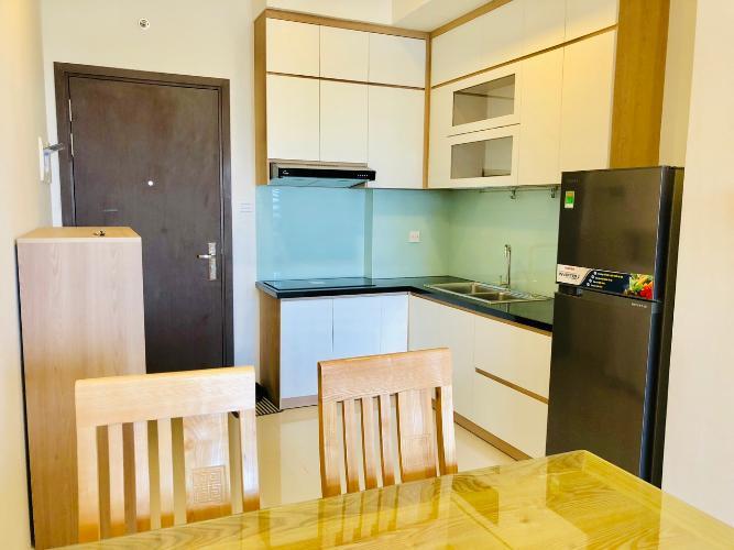 bếp căn hộ 1+1 phòng ngủ the sun avenue Căn hộ The Sun Avenue đón view nội khu, nội thất đầy đủ.