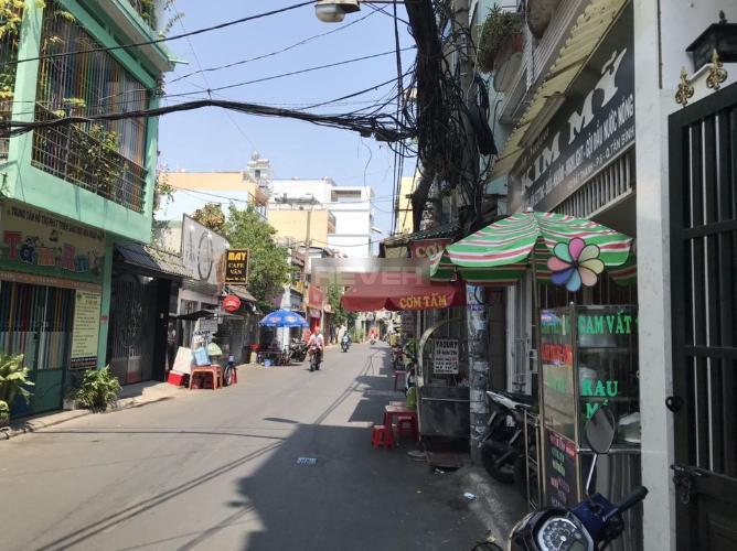 Hẻm nhà phố Đất Thánh, Tân Bình Nhà phố mặt tiền 43m2 gần chợ Tân Bình, hẻm xe tải.