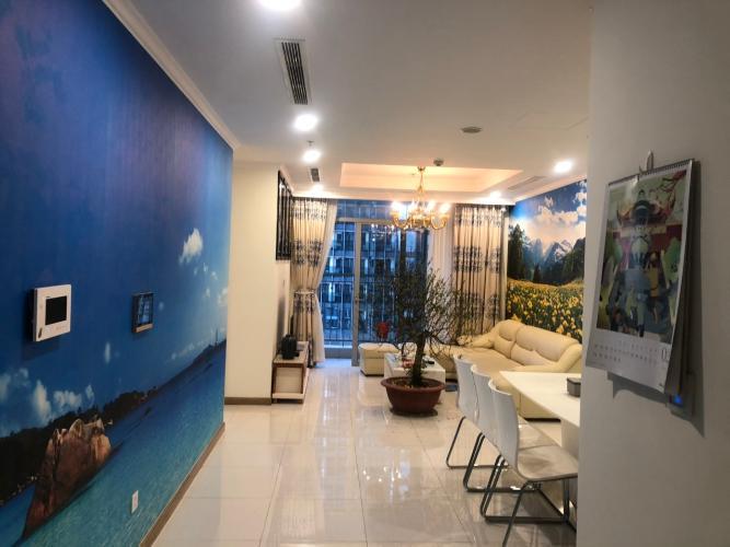 Phòng khách căn hộ Vinhomes Central Park, Quận Bình Thạnh Căn hộ Vinhomes Central Park gồm 4 phòng ngủ, đầy đủ nội thất.