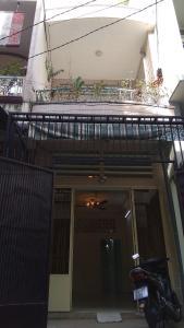 Nhà phố hướng Tây Nam, bàn giao sổ hồng riêng.