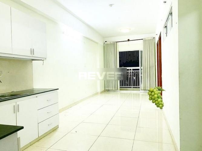Căn hộ Idico Tân Phú có 2 phòng ngủ, bàn giao nội thất cơ bản.