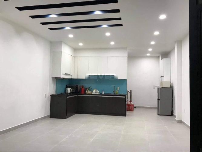 Phòng bếp nhà phố Phú Nhuận  Nhà phố hẻm xe hơi, diện tích sử dụng 144m2 hướng Tây Nam.