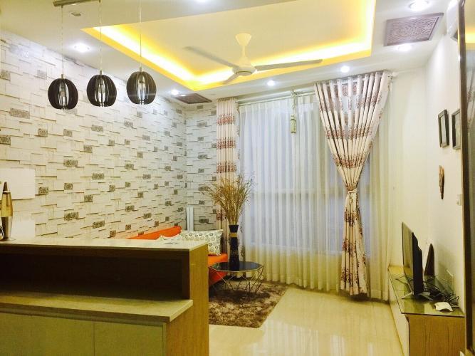 Phòng khách Prince Residence, Phú Nhuận Căn hộ Prince Residence hướng Đông Nam, đầy đủ nội thất.