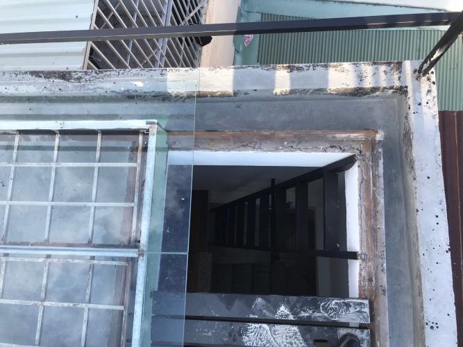 Nhà phố Quận 3 Bán nhà đường hẻm Trương Định, cách Bệnh viện Mắt TP.HCM 400m, sổ hồng đầy đủ.