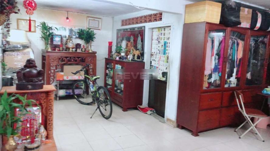 Nhà phố 1 trệt 1 lầu hẻm đường Trần Hưng Đạo quận 5.