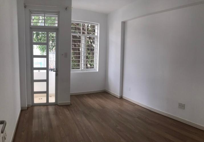 Phòng ngủ nhà phố Bình Thạnh Nhà phố Bình Thạnh hẻm xe hơi rộng, sổ hồng sang tên nhanh.