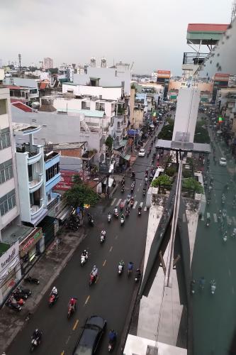 Tòa nhà kinh doanh Nguyễn Văn Thương, Bình Thạnh Tòa nhà kinh doanh mặt tiền đường chính, diện tích 308m2.