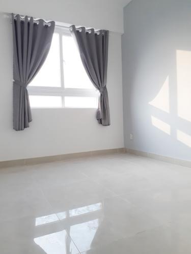 Phòng khách , Căn hộ Topaz Home 2 , Quận 9 Căn hộ Topaz Home 2 tầng trung view thoáng mát, nội thất cơ bản.