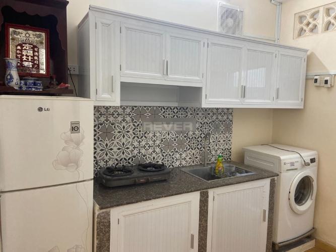 Phòng bếp căn hộ chung cư 2H Đinh Bộ Lĩnh Căn hộ chung cư 2H Đinh Bộ Lĩnh nội thất cơ bản, thiết kế kỹ lưỡng.