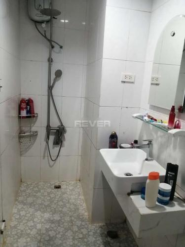 Phòng tắm căn hộ Riverside 90, Bình Thạnh Căn hộ tầng 10 Riverside 90 hướng Nam thoáng mát, đầy đủ nội thất.