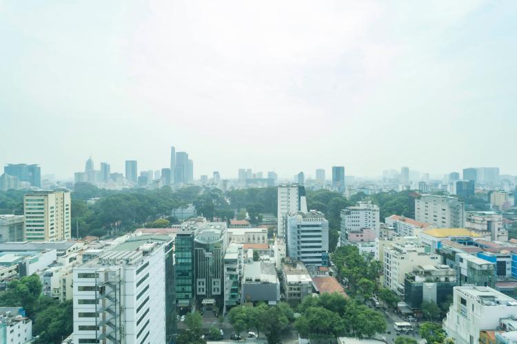 View Léman Luxury Apartment Căn hộ Léman Luxury Apartments ban công hướng Đông Nam, view tầng cao.