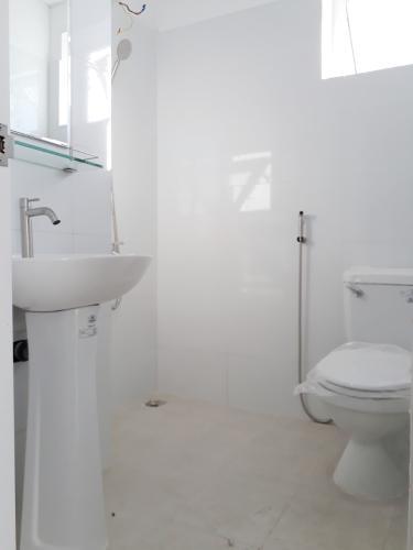 Phòng tắm , Căn hộ Topaz Home 2 , Quận 9 Căn hộ Topaz Home 2 tầng trung view thoáng mát, nội thất cơ bản.