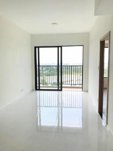 Căn hộ Safira Khang Điền view nội khu, phòng ngủ sàn gỗ.