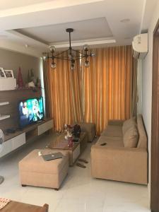 Căn hộ Happy Residence đầy đủ nội thất, view thành phố.