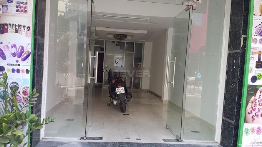 Nhà phố Út Tịch, Tân Bình Nhà phố mặt tiền hướng Đông, thuận tiện kinh doanh buôn bán.
