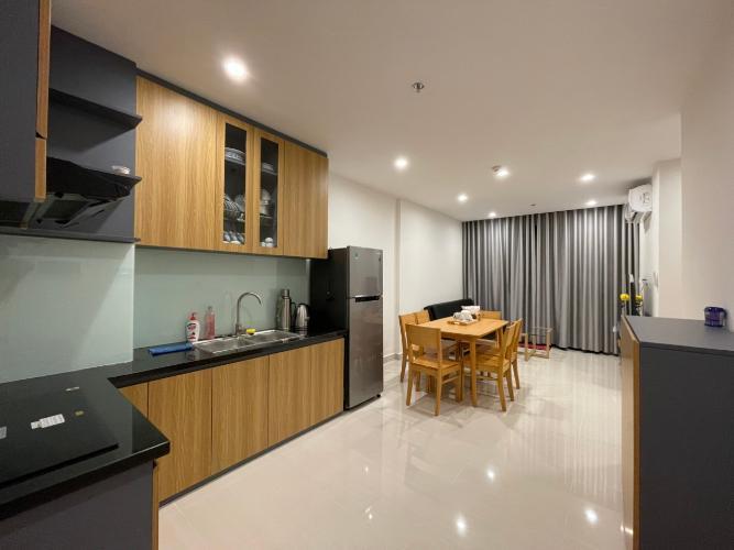 Căn hộ Vinhomes Grand Park tầng 27 có 3 phòng ngủ, đầy đủ nội thất.